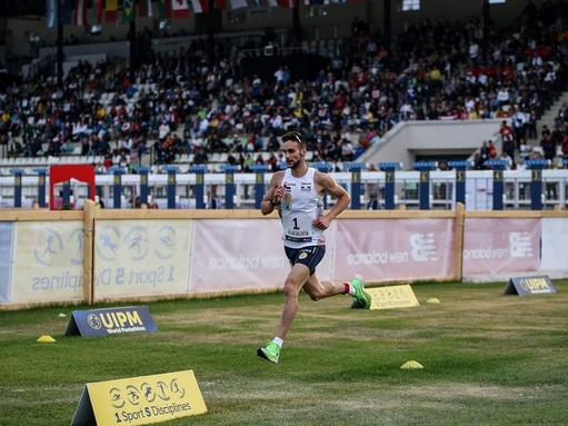 Valentin Belaud on his way to winning gold at the UIPM 2019 Pentathlon World Championships in Budapest